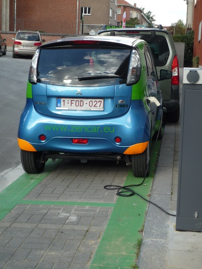 Green cars in Brussels - Woluwe-St-Peter